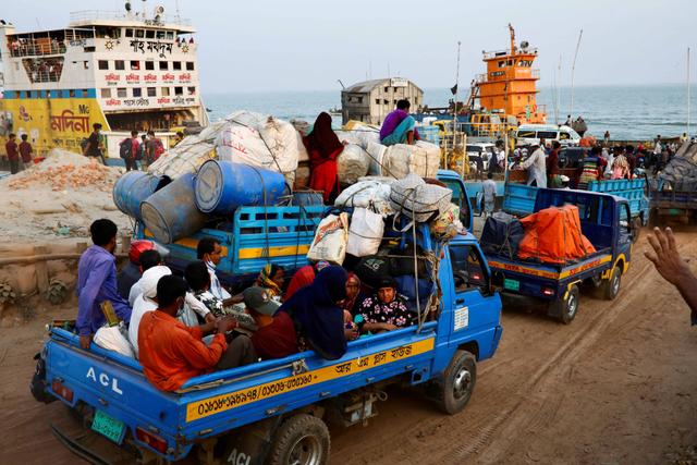 Foto: Hindari Lockdown Migran dan Pekerja Tinggalkan Bangladesh (570885)