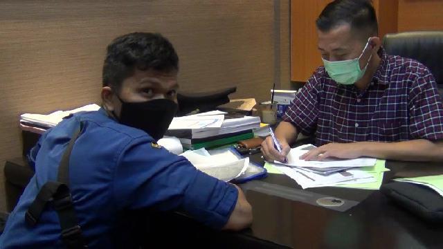 Kejari Depok Periksa Sandi, Petugas yang Curhat soal Korupsi di Damkar Depok (654424)