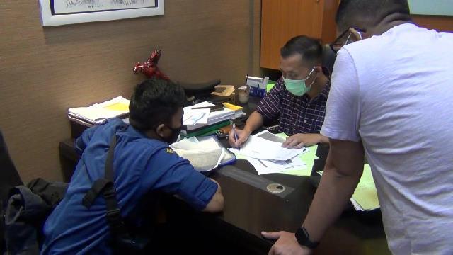 Kejari Depok Periksa Sandi, Petugas yang Curhat soal Korupsi di Damkar Depok (654425)