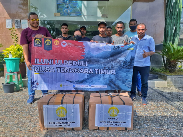 ILUNI UI Kirim Bantuan untuk Korban Bencana NTT (444346)