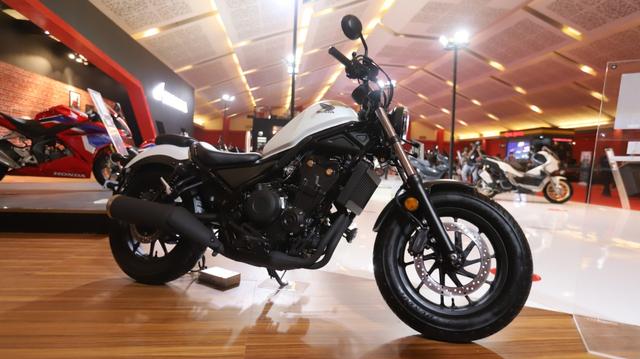 Honda Rebel Berkelir Baru Mejeng di IIMS Hybrid 2021, Tampilannya Jadi Elegan! (95582)