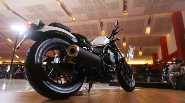 Honda Rebel Berkelir Baru Mejeng di IIMS Hybrid 2021, Tampilannya Jadi Elegan! (95583)