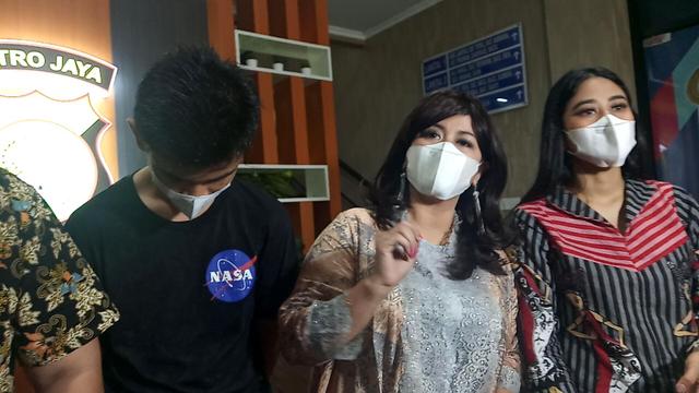 Yuyun Sukawati Minta Fajar Umbara Segera Selesaikan Masalah Akses Apartemen (241117)