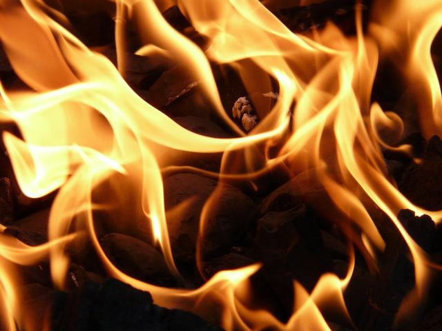 Arti Mimpi Rumah Kebakaran dan Penjelasannya (240846)