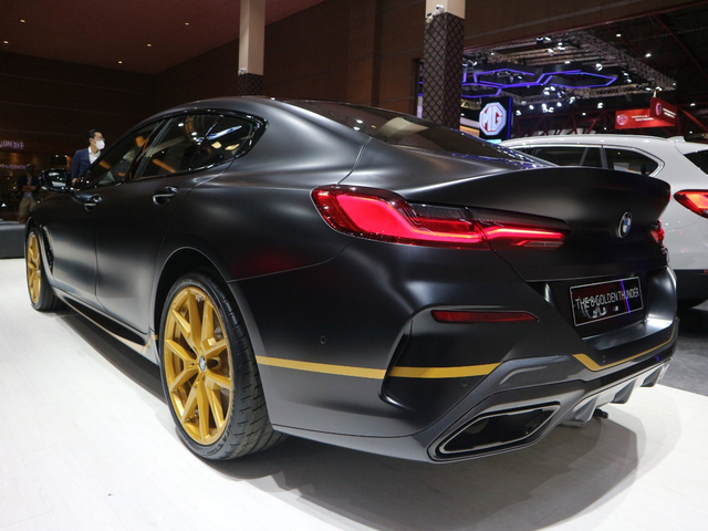 Unit Semata Wayang BMW Seri 8 Golden Edition di Indonesia, Ini Istimewanya (450957)