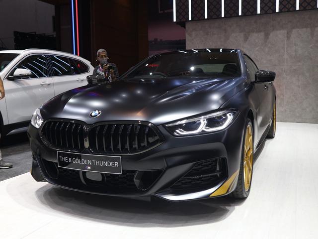 Unit Semata Wayang BMW Seri 8 Golden Edition di Indonesia, Ini Istimewanya (450955)