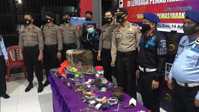 Polisi Razia Lapas Kelas II Siau, Ini yang Ditemukan (364182)