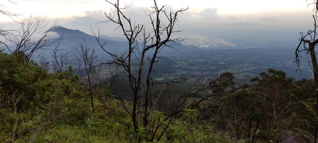 Mengintip Kembali Thekelan, Jalur Pendakian Tertua Merbabu (Bagian 1) (575050)