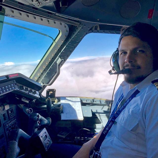 Kisah Pilot yang Bertahan Hidup 36 Hari di Hutan Amazon Usai Pesawat Jatuh (23206)