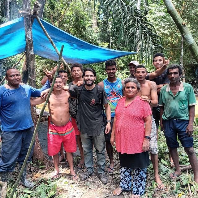 Kisah Pilot yang Bertahan Hidup 36 Hari di Hutan Amazon Usai Pesawat Jatuh (23207)