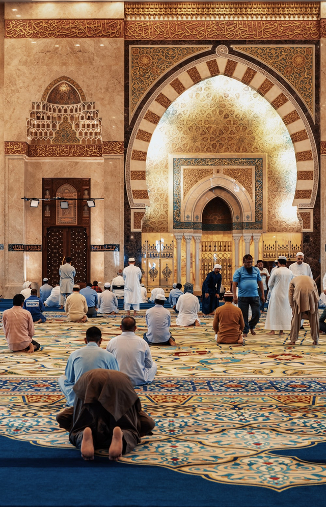 Makna Nuzulul Quran Bagi Umat Muslim Untuk Meningkatkan Keimanan (4208)