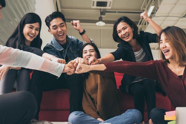 Cari Duit dan Kerja Happy, Ini Digital Startup yang Karyawannya Paling Bahagia (735089)