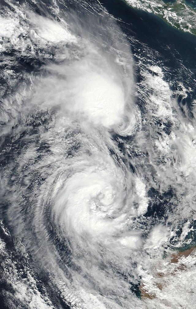 Apa itu Siklon Tropis? dan Bagaimana Siklon Tropis dapat Terbentuk? (450441)