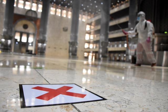 Soal Viral Dilarang Bermasker di Masjid, Perlu Bimbingan bagi Pengurus Masjid (99292)