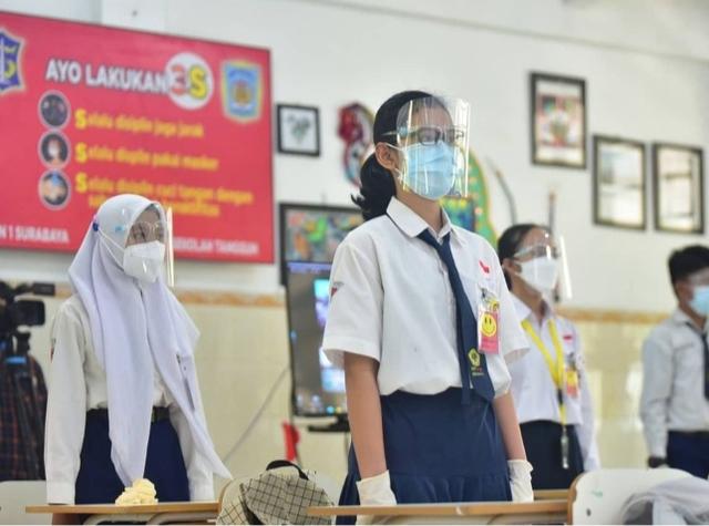 Usai Idul Fitri SD-SMP di Surabaya Uji Coba Tatap Muka, Masuk Hanya 25 Persen (329572)
