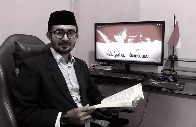 Demokrasi, Jadi Panggung Serigala (76946)