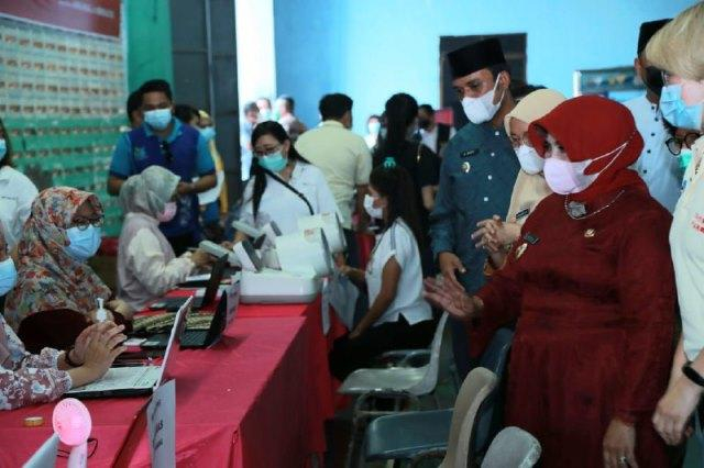 Vaksinasi Covid-19 Sasar 5 Ribu Lansia di Tanjungpinang (230556)