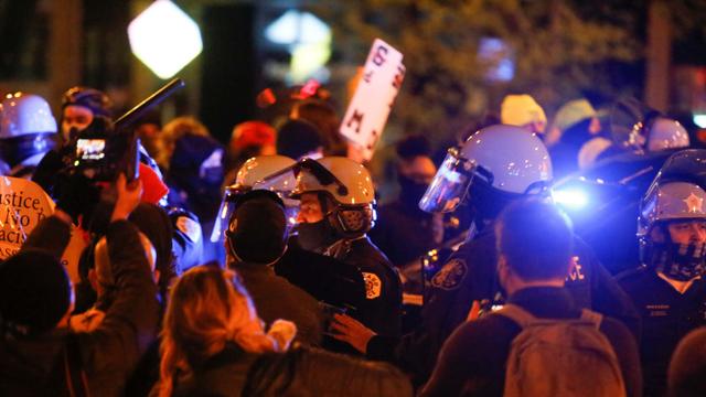 Polisi AS Tembak Remaja 13 Tahun Hingga Tewas, Picu Demo Besar di Chicago (112918)