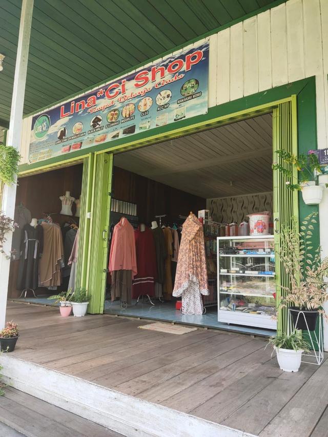 Nurlina Agustin Pengusaha Fashion dan Produk Kesehatan di Kutai Barat  (394099)