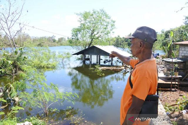 Danau dan Sumber Mata Air Muncul di Kupang Usai Badai Siklon Tropis Landa NTT (460846)