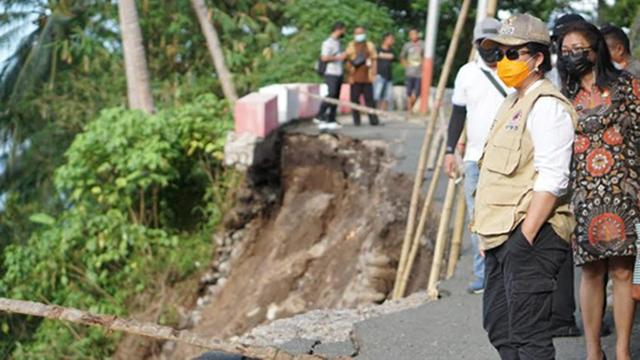 Ada Wilayah Terisolir, Bupati Sitaro Akui Penanganan Darurat Bencana Mendesak (12155)