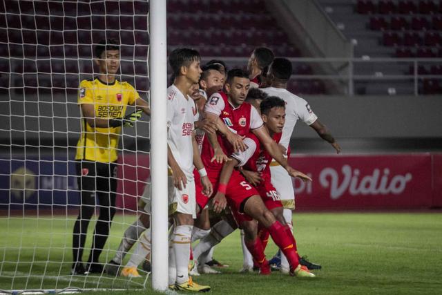 Persija vs Persib: Prediksi Line Up, Head to Head, & Jadwal Tayang (467534)