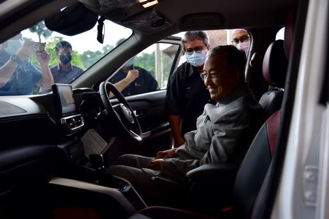 Mahathir Mohamad Puji Daihatsu Rocky, Apa Istimewanya? (174059)