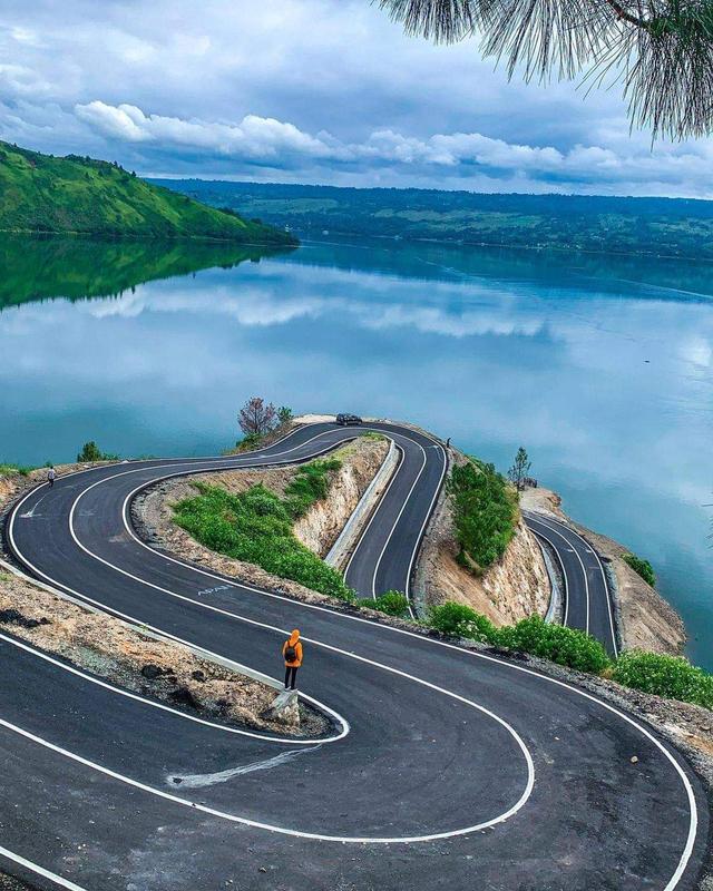 Pemandangan Syahdu Bukit Sibea-bea, Samosir, Cocok Buat Touring!  (263372)