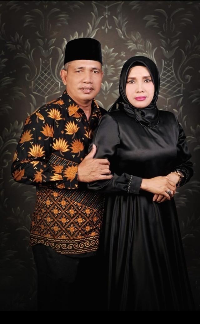 Profil Khairuddin Siregar, Suami yang Cari Istrinya Pakai Sayembara Rp 125 Juta (3223)