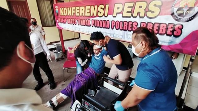 Foto-foto Penguntit Anak Bupati Brebes yang Ditembak Polisi (70481)