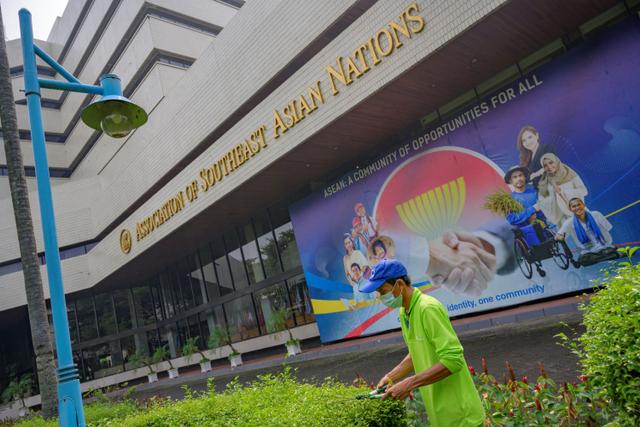 Menlu Retno Harap Pertemuan di Jakarta Bantu Myanmar Keluar dari Situasi Sulit (878711)