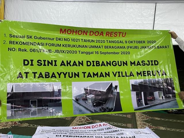 Nasib Warga Muslim yang Minoritas di Kompleks Perumahan Taman Villa Meruya (1)