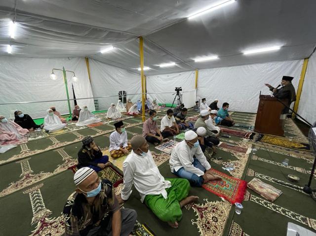 Nasib Warga Muslim yang Minoritas di Kompleks Perumahan Taman Villa Meruya (2)
