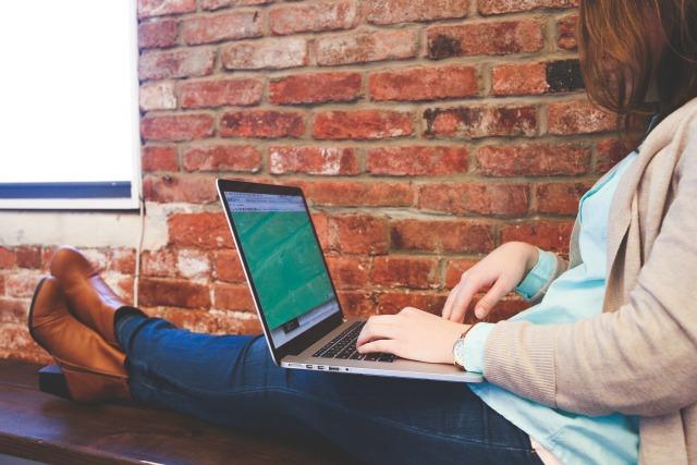 Cara Agar Laptop Tidak Lemot dan Mengganggu Aktivitas (506466)
