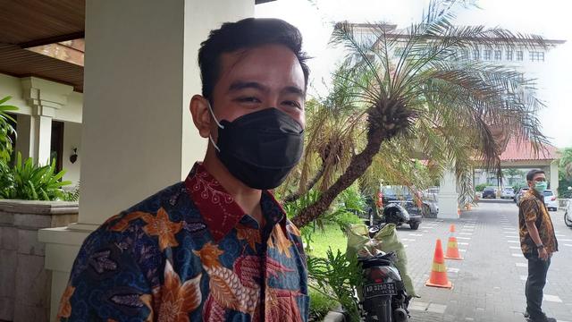 Gibran Rakabuming Sebut Jokowi Tak Mudik Tahun Ini. (468303)