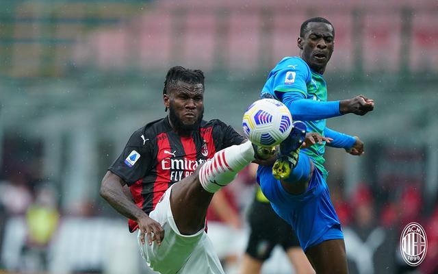 AC Milan vs Sassuolo: 2 Gol Menit Akhir Hancurkan Rossoneri di San Siro (634834)