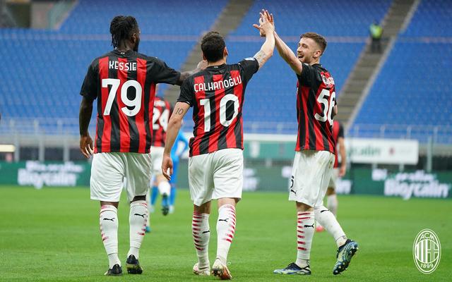AC Milan vs Sassuolo: 2 Gol Menit Akhir Hancurkan Rossoneri di San Siro (634835)