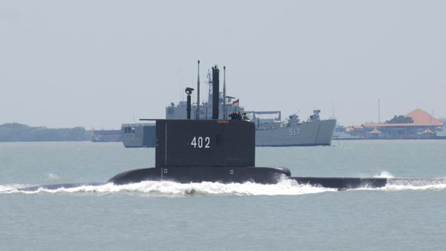 Kisah Karam Kapal Selam Rusia Kursk: Gas Torpedo Bocor, 23 Awak Nyaris Selamat (112874)