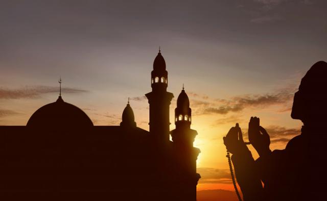 Doa Setelah Adzan Sesuai Sunnah dan Keutamaannya (1033956)