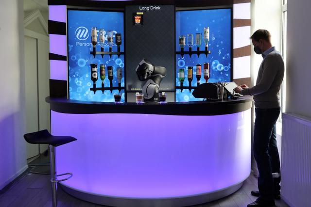 Foto: Melihat Robot Bartender dan Barista di Swiss (13341)