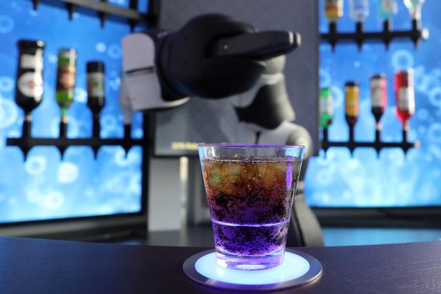 Foto: Melihat Robot Bartender dan Barista di Swiss (13338)