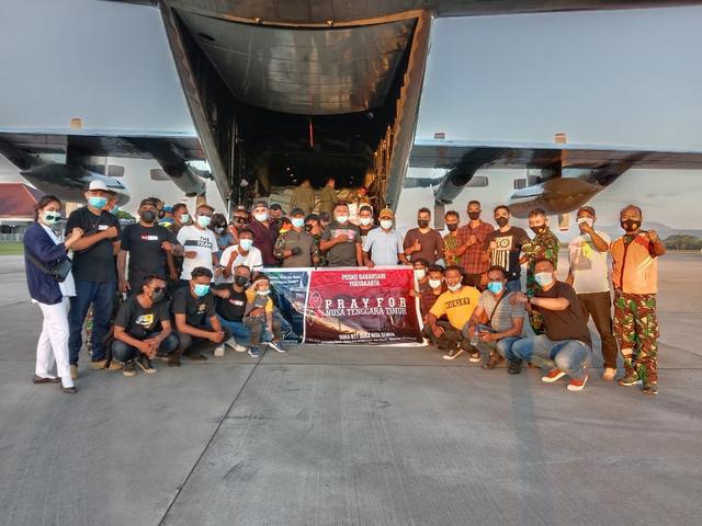Warga NTT di Jogja Salurkan 15 Ton Bantuan untuk Pengungsi Flotim dan Lembata (232182)