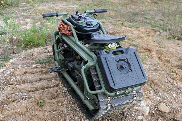 Hamyak, Skutik Rasa Tank dari Rusia, Bisa Digeber di Salju dan Lumpur! (34824)