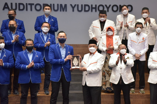 Presiden PKS Temui AHY, Bahas COVID-19 hingga Pemberantasan Korupsi (598027)