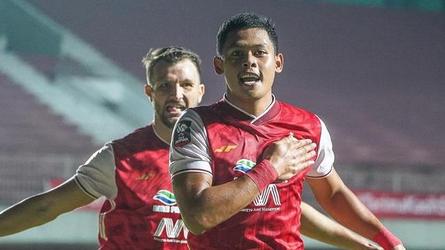Foto: Persija Kalahkan Persib di Final Leg Pertama Piala Menpora (75271)