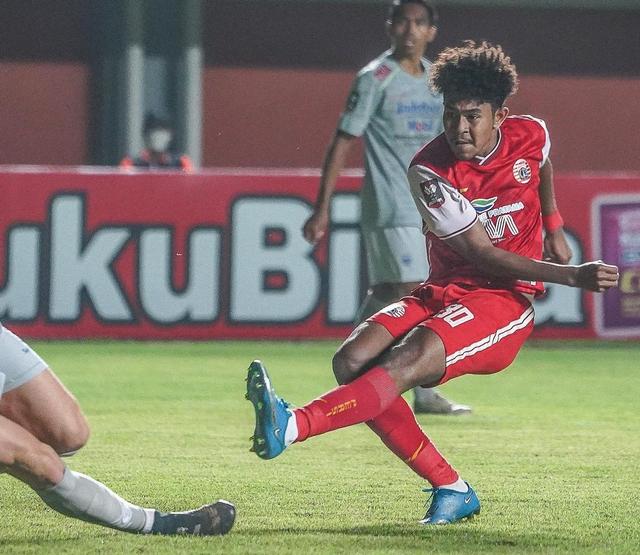 Hasil Final Piala Menpora: Berkat Gol Kilat, Persija Kalahkan Persib di Leg 1 (29996)