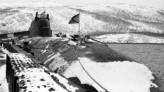 Kisah Karam Kapal Selam Rusia Kursk: Gas Torpedo Bocor, 23 Awak Nyaris Selamat (112871)