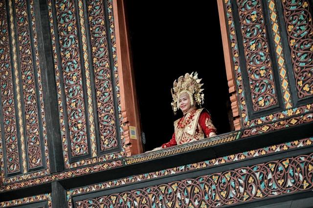 Sandiaga Uno Dorong Istana Pagaruyung Sebagai Wisata Ikonik Lain di Sumbar (139031)
