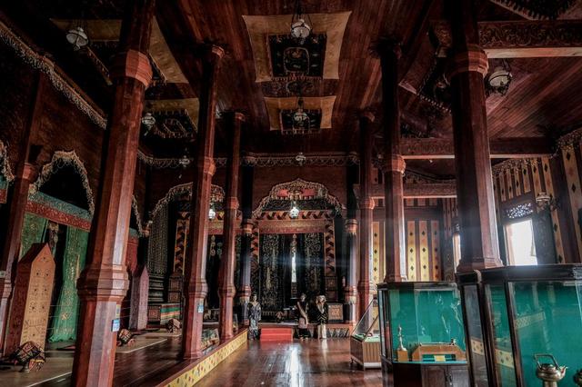 Sandiaga Uno Dorong Istana Pagaruyung Sebagai Wisata Ikonik Lain di Sumbar (139029)