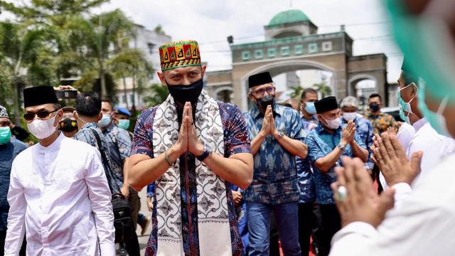 Foto: AHY ke Aceh, Ziarah Makam Tun Sri Lanang, Temu Kader dan Ulama (505584)